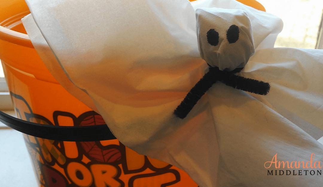Homemade Ghosts for Low-Cost Halloween Treats!